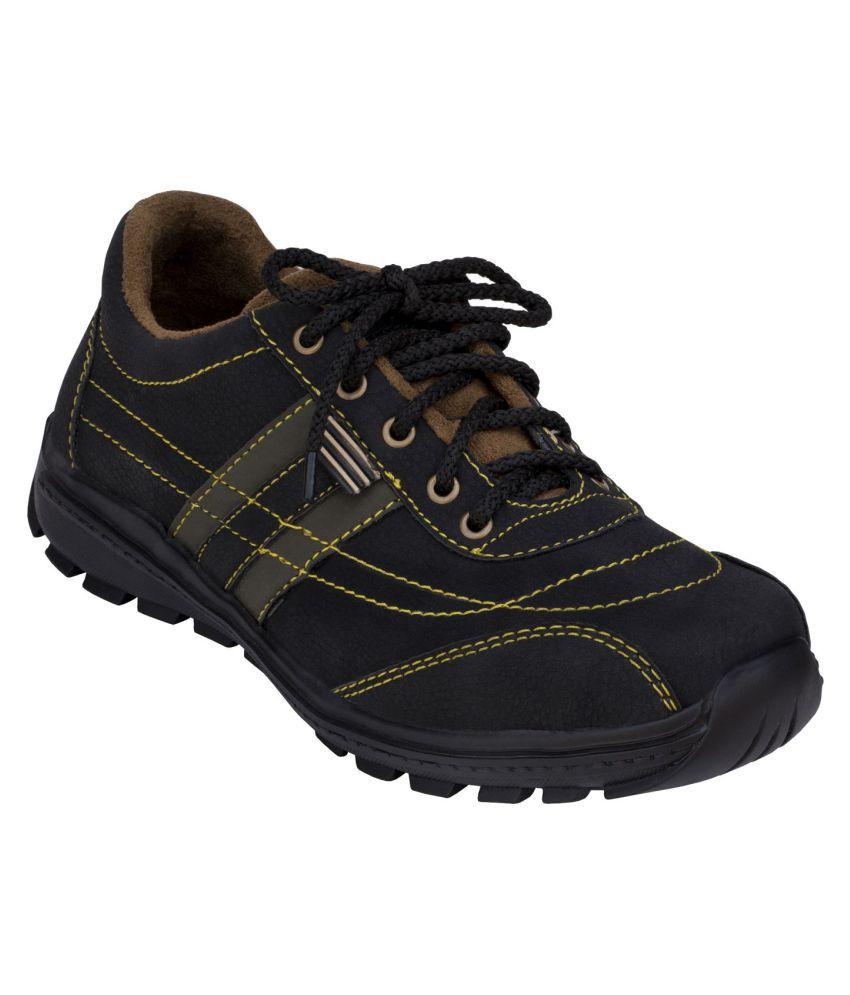 Magnolia Black Hiking & Trekking Boot