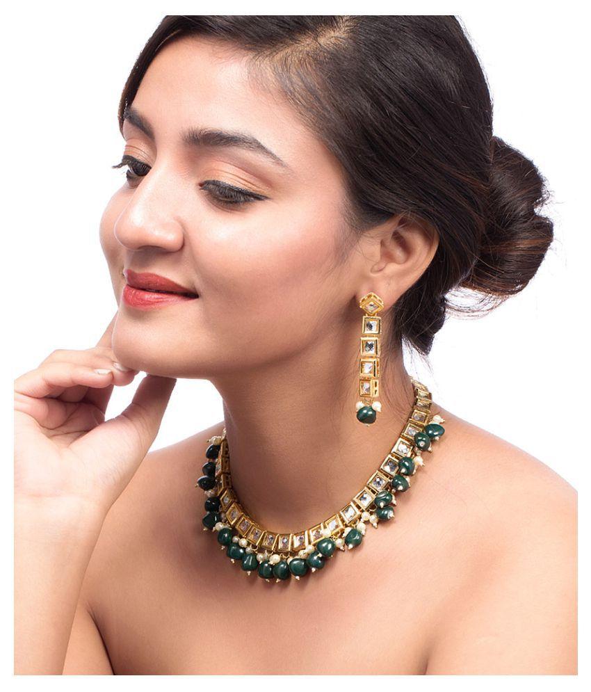 Voylla Kundan Studded Necklace Set