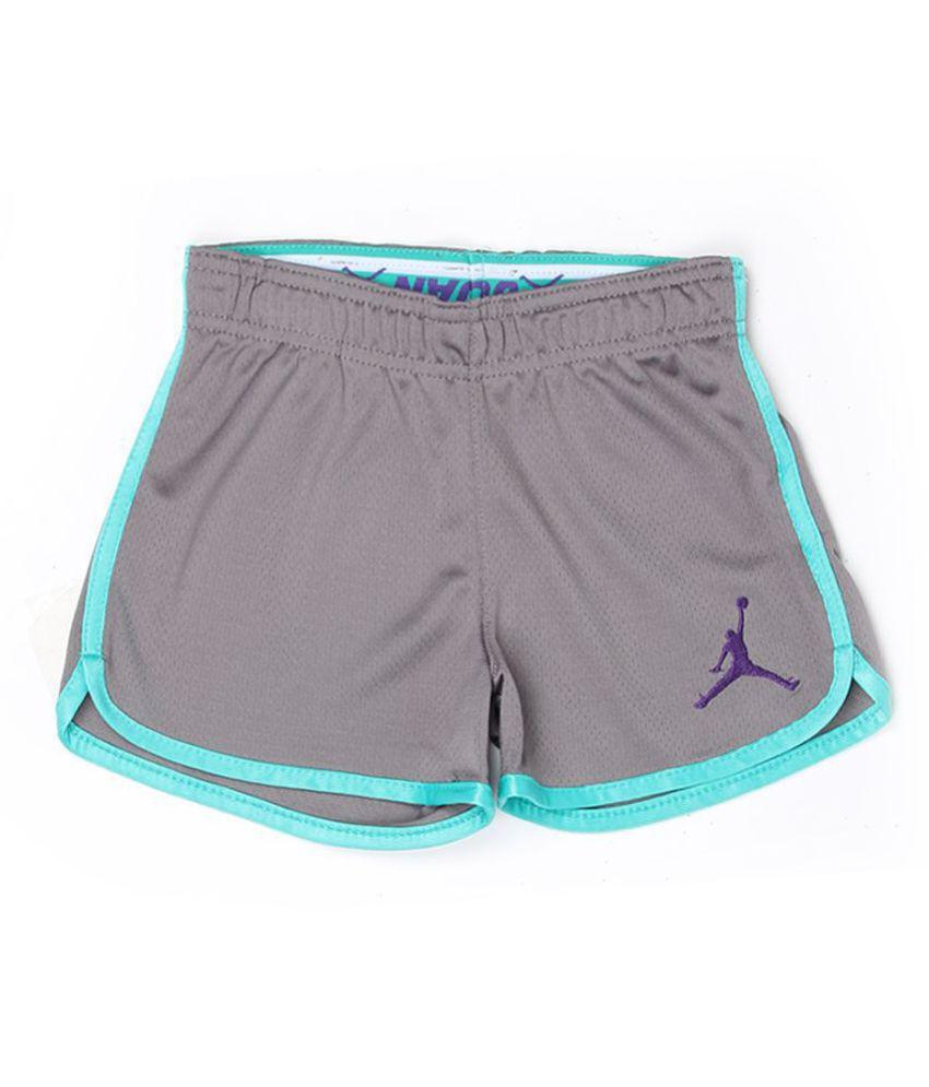 Jordan Girls Grey Solid Shorts