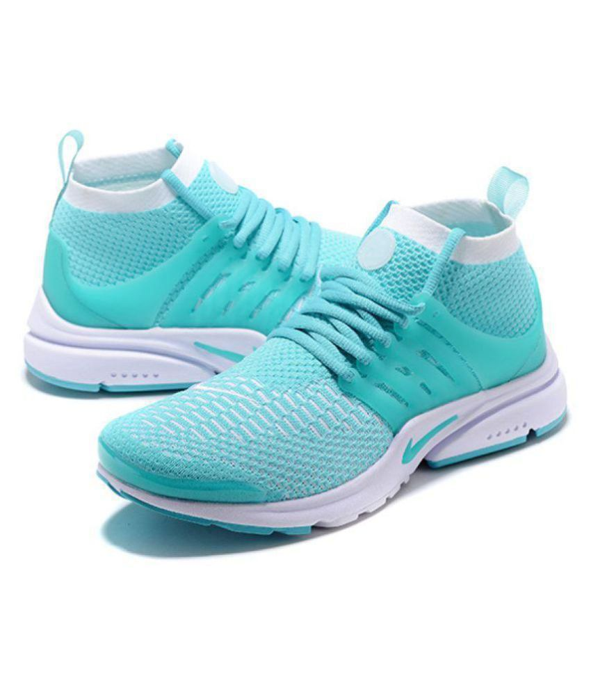 online store 07b0f c1636 Nike Air Presto Flyknit Green Running Shoes - Buy Nike Air Presto Flyknit  Green Running Shoes Online at Best Prices in India on Snapdeal