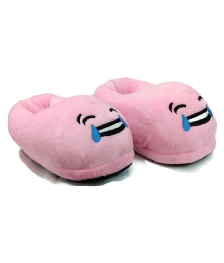 Trend Overseas Pink Emoji slippers
