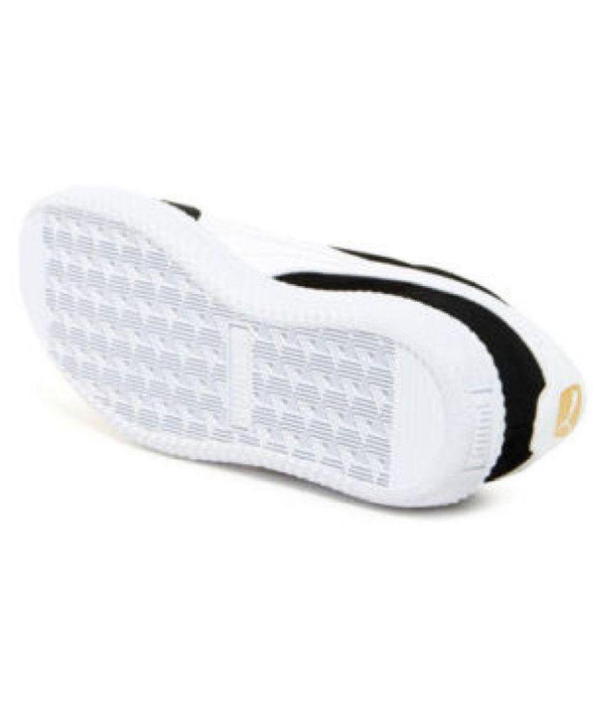 Puma Astro Cup Men Sneakers Black Casual Shoes - Buy Puma Astro Cup ... fee1b6c25