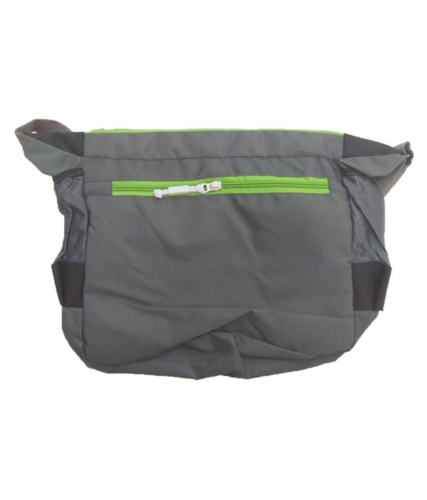 e4fce9411a33 ... Nike Latest Trendy Stylish Bag for School College Other Black Nylon  Casual