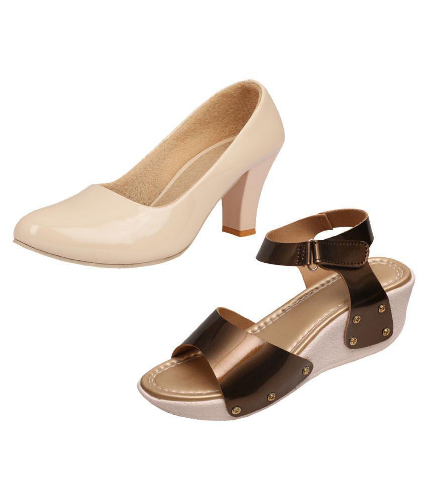 IndiWeaves Gray Wedges Heels
