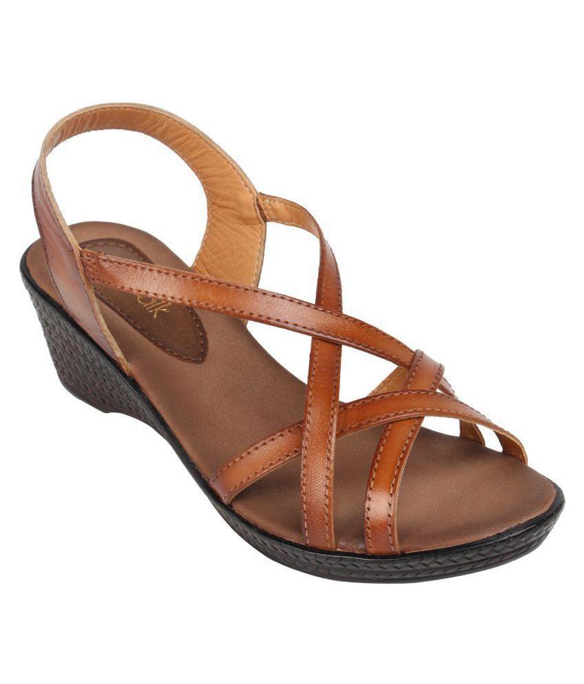 Catwalk Tan Wedges Heels