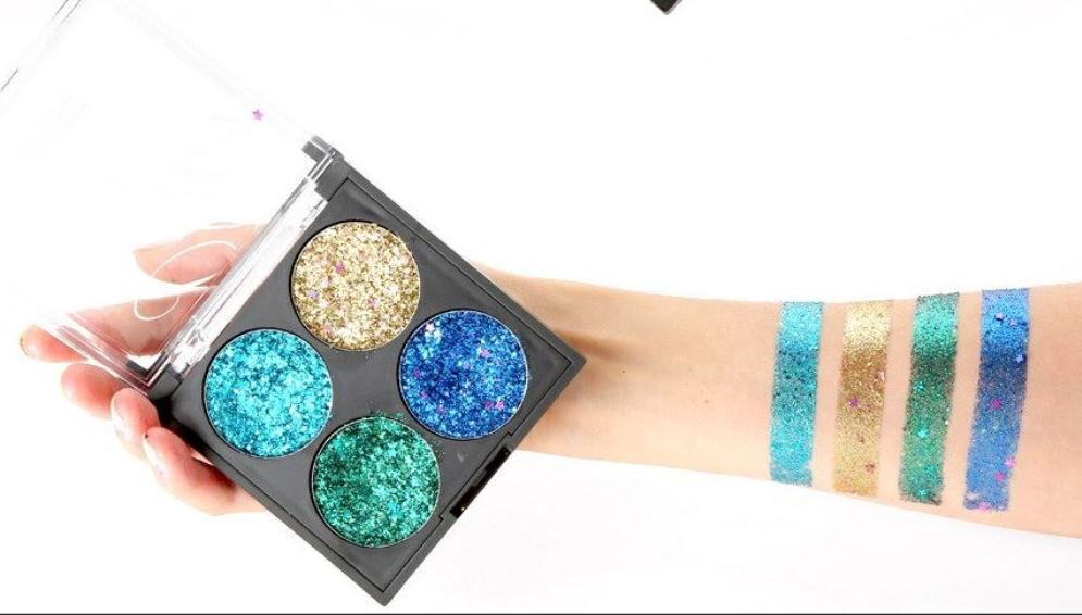 8395d801fcd8 SFR Colors Ultra Glam Glitter Eyeshadow Palette 4 Shades  04  Buy ...