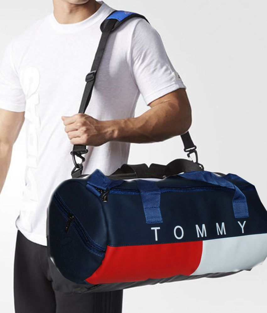 1b647e720616 Tommy Hilfiger Medium PU Leather Gym Bag Travel Duffle Bag - Buy Tommy  Hilfiger Medium PU Leather Gym Bag Travel Duffle Bag Online at Low Price -  Snapdeal