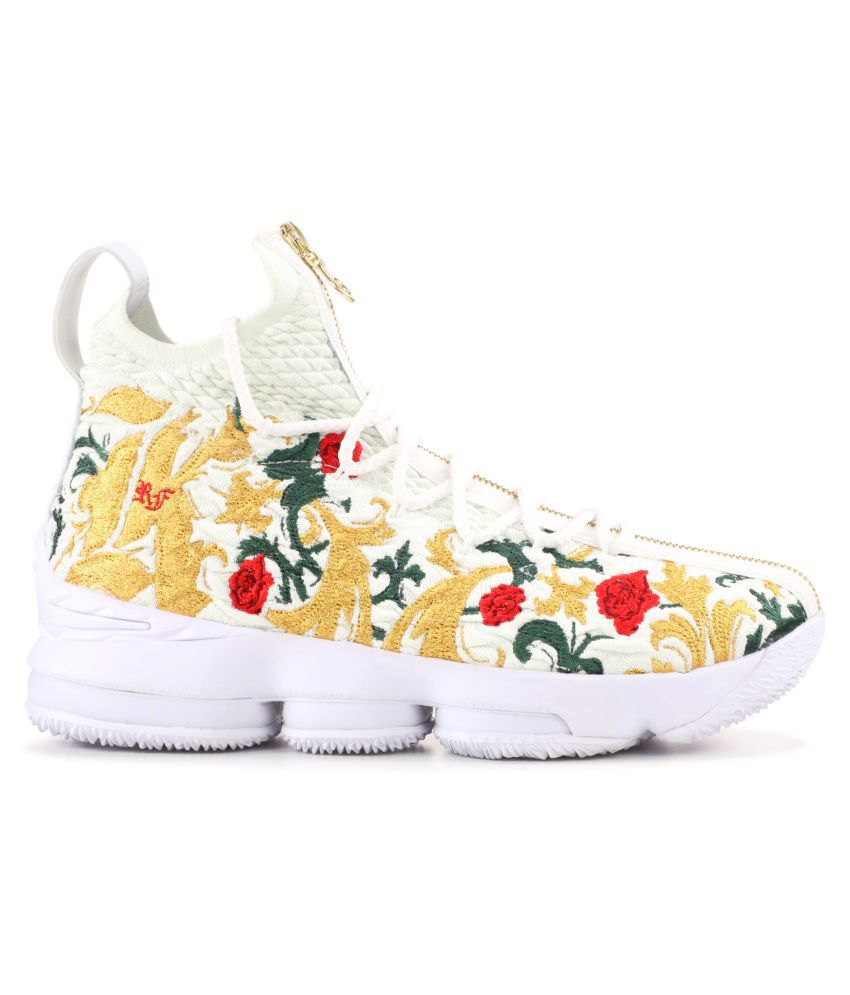 """100% authentic c3fae 9f206 ... Nike LeBron 15 """"King s Crown"""" 2019 White Basketball Shoes ..."""