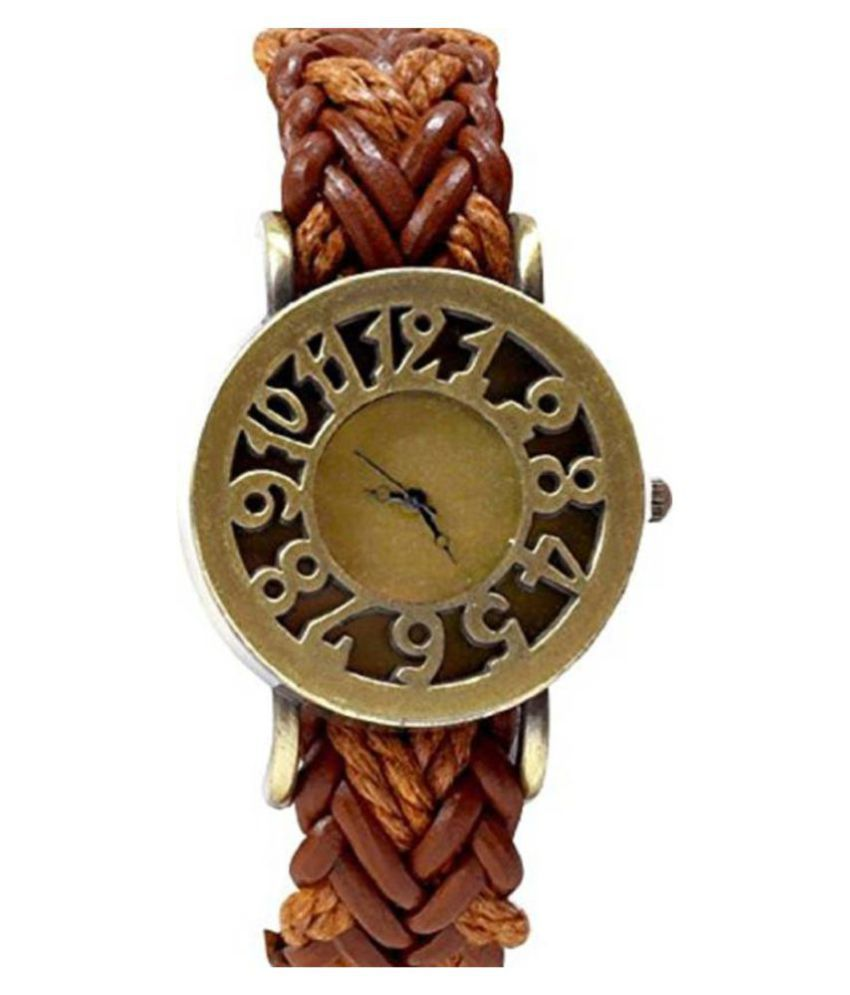 Crab Leather Round Womens Watch