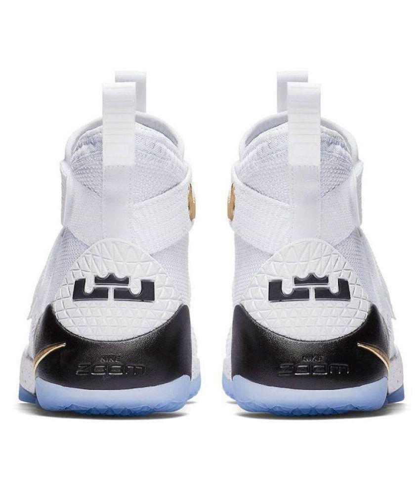 sports shoes b81dd a08e4 Nike Lebron Soldier 11 Midankle Male White