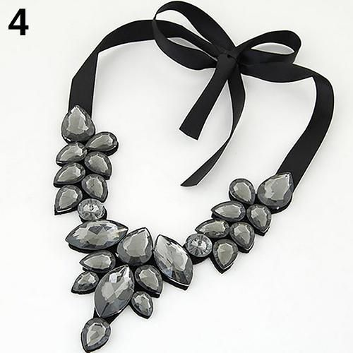 Women Fashion Elegant Rhinestone Decor Pendant Jewelry Lace Choker Necklace Fashion Jewellery