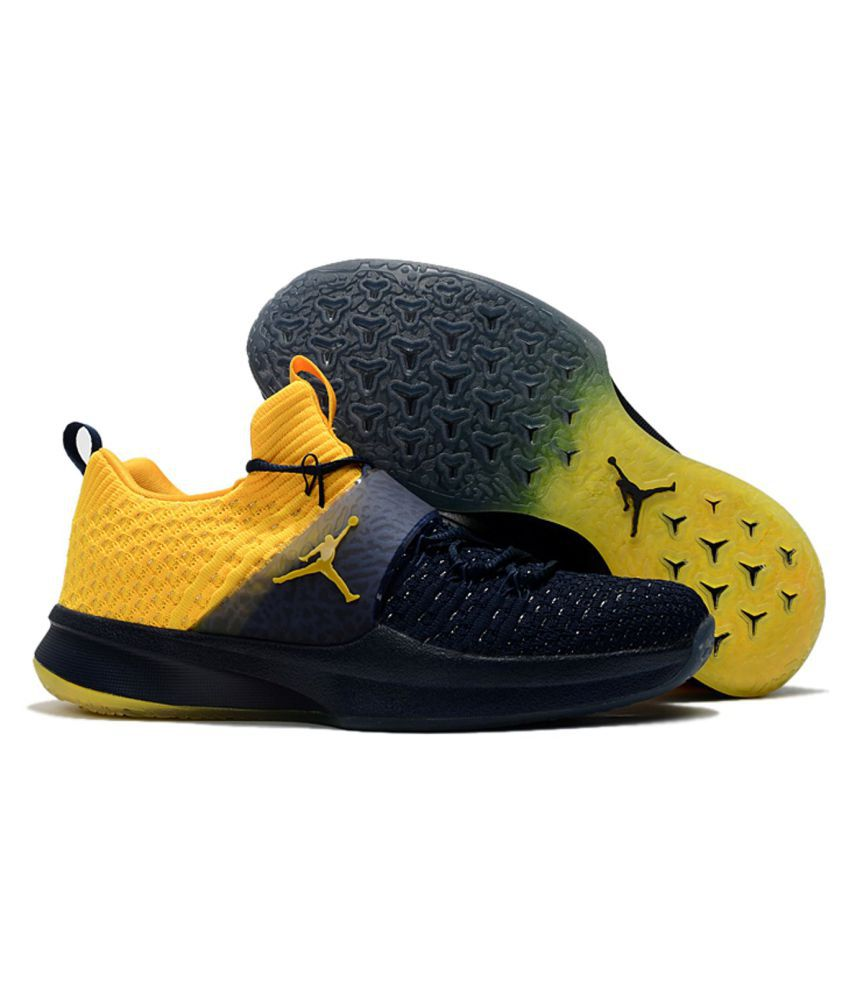 timeless design f0dc6 3d23f Nike AIR JORDAN Yellow Running Shoes - Buy Nike AIR JORDAN Yellow Running  Shoes Online at Best Prices in India on Snapdeal