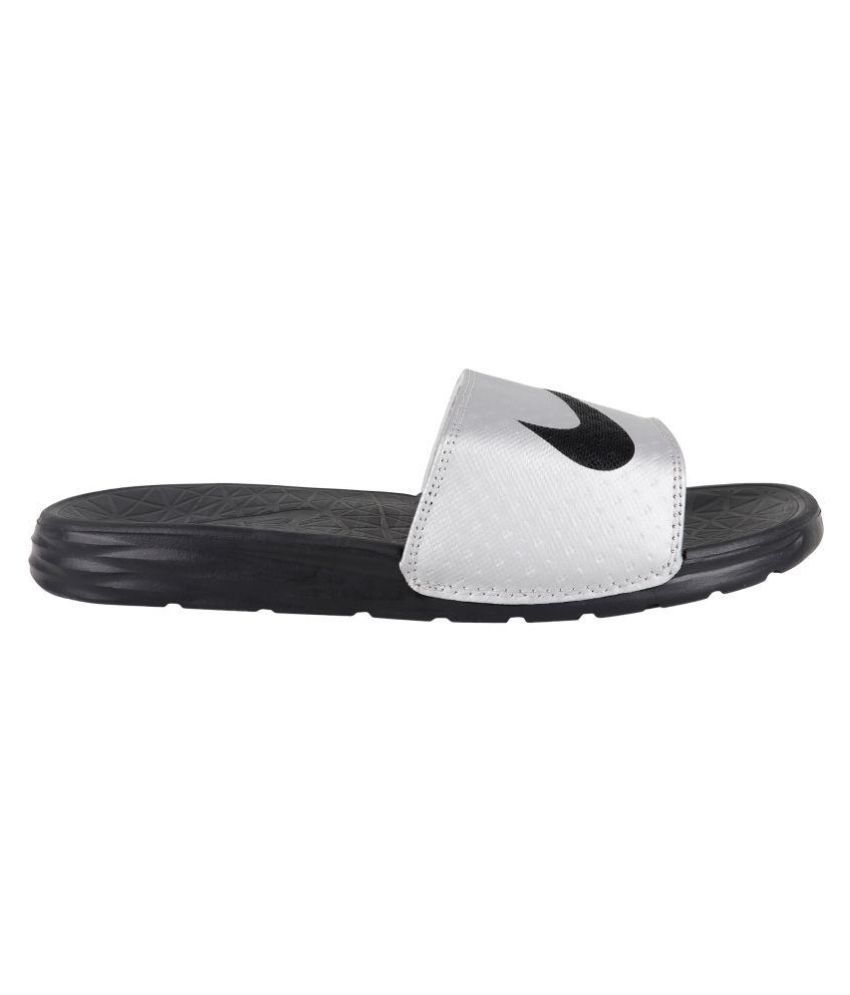 6b48046c73224 Nike Silver Slide Flip flop Price in India- Buy Nike Silver Slide ...