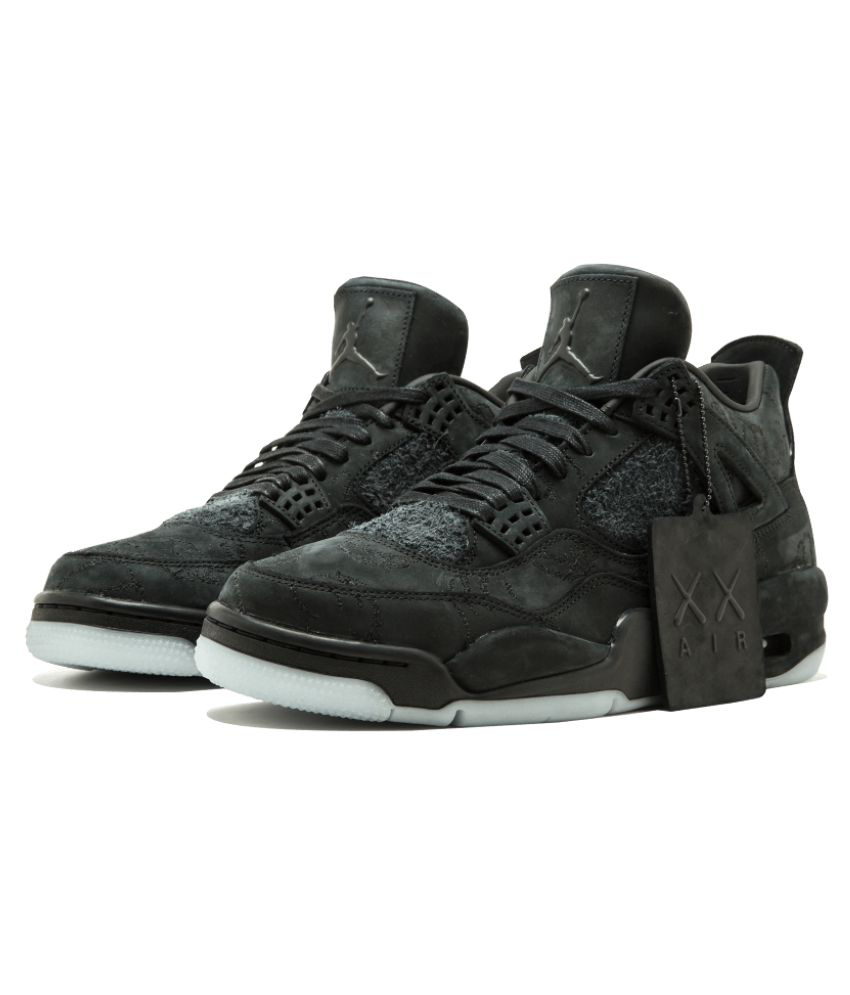 new product d4c23 457db Nike Air Jordan 4 Retro Nike Air Jordan 4 Retro ...