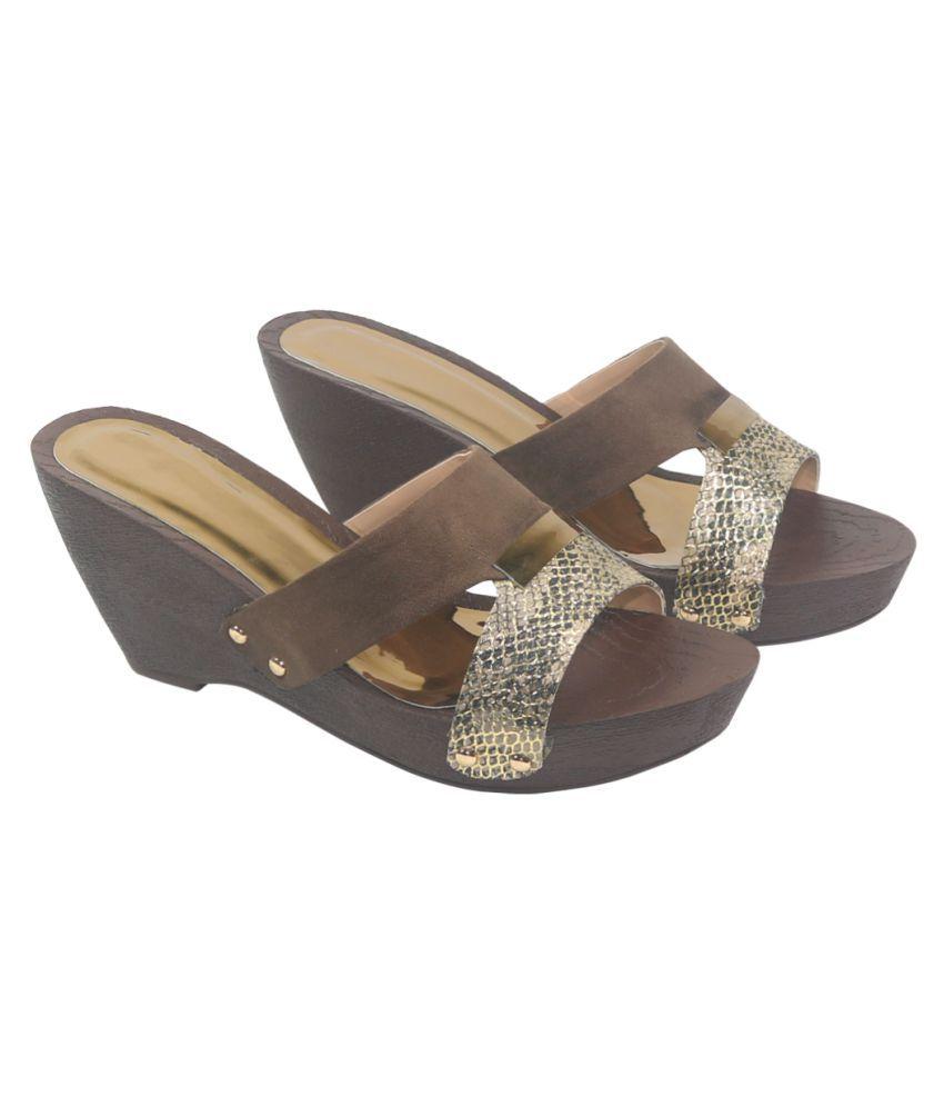 Habit Brown Wedges Heels