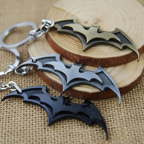 Hot Fashion Batman Movie Keychain Super Hero Superhero Key Chain & Key Ring Holder Keyring Porte clef Gift Men Women Souvenirs