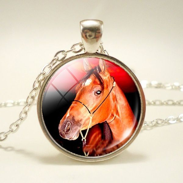 Lovely Horse Chain Silver Necklace Glass Dome Cabochon Pendant Fashion Jewelry