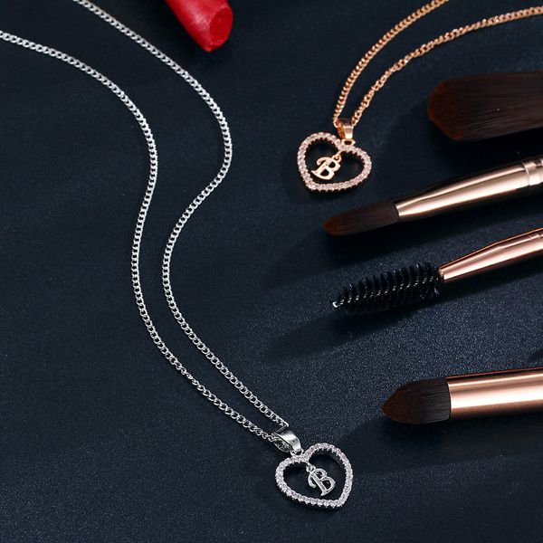 Women Fashion Charm Crystal Gemstone Rose Gold Heart 26 Letter Pendant Necklace Alloy Party Women Necklace Jewelry Accessories