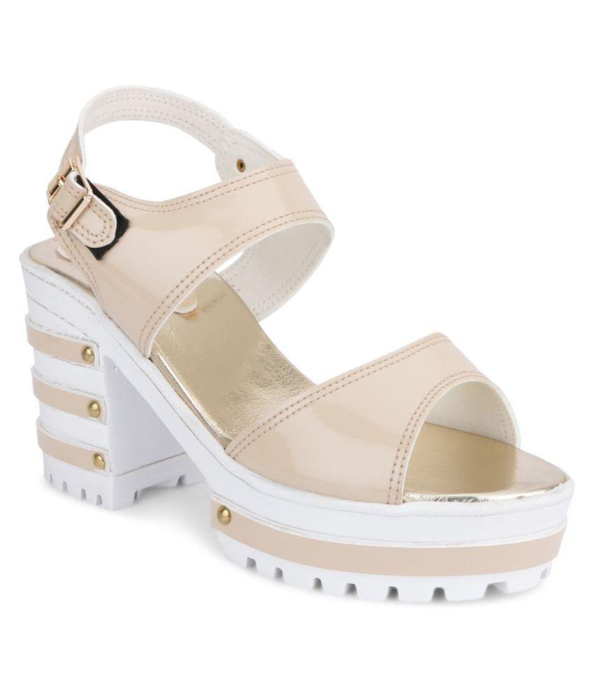 SHOFIEE Cream Block Heels