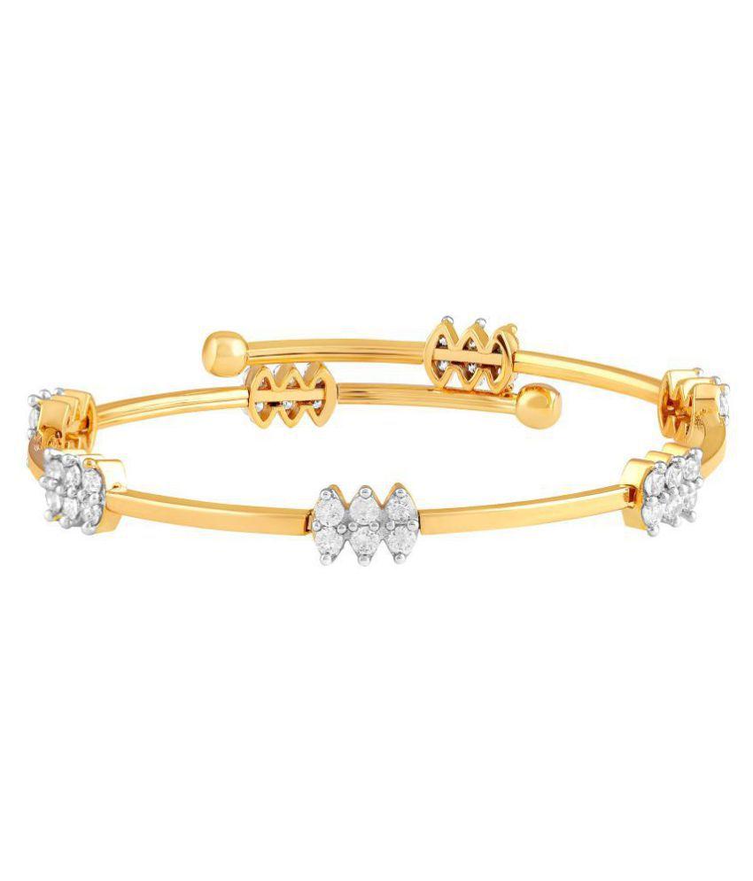 Asmitta Trendy Designer Gold Plated White AD Stone Openable Brass Kada For Women