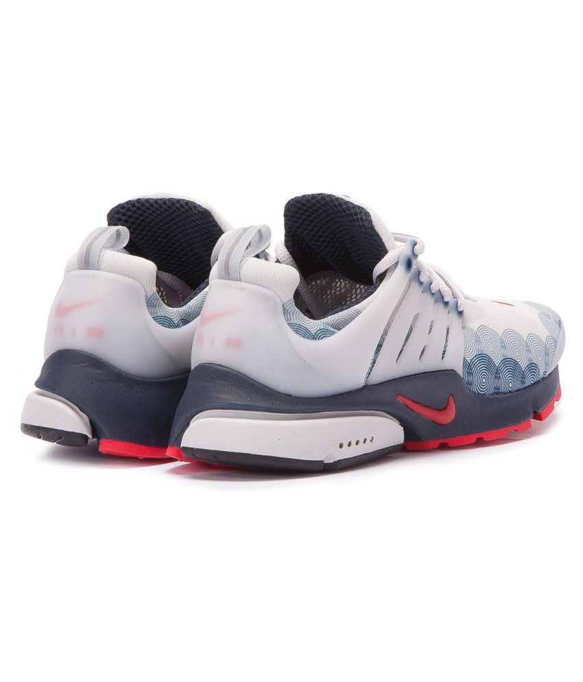 online store 220df bcc05 ... Nike Air Presto U.S.A White Running Shoes ...