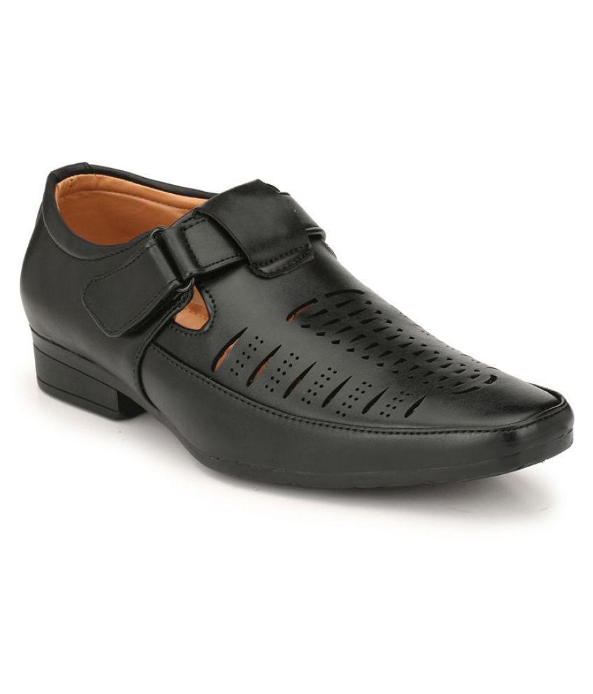 Leeport BRUT Black Synthetic Leather Sandals