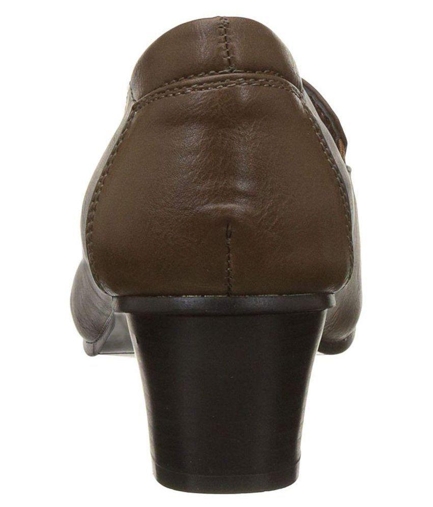 527607246ae4 Bata Brown Block Heels Price in India- Buy Bata Brown Block Heels Online at  Snapdeal
