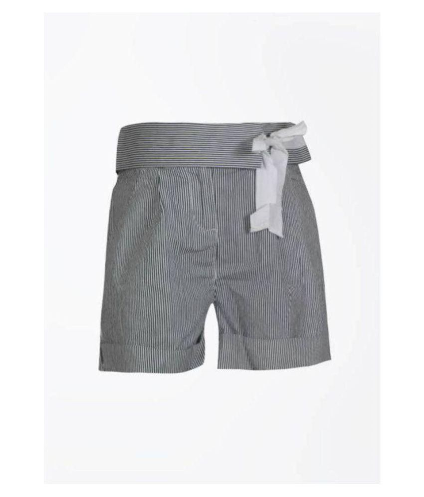 United Colors of Benetton Girls Striped Short (4-5 YEARS)