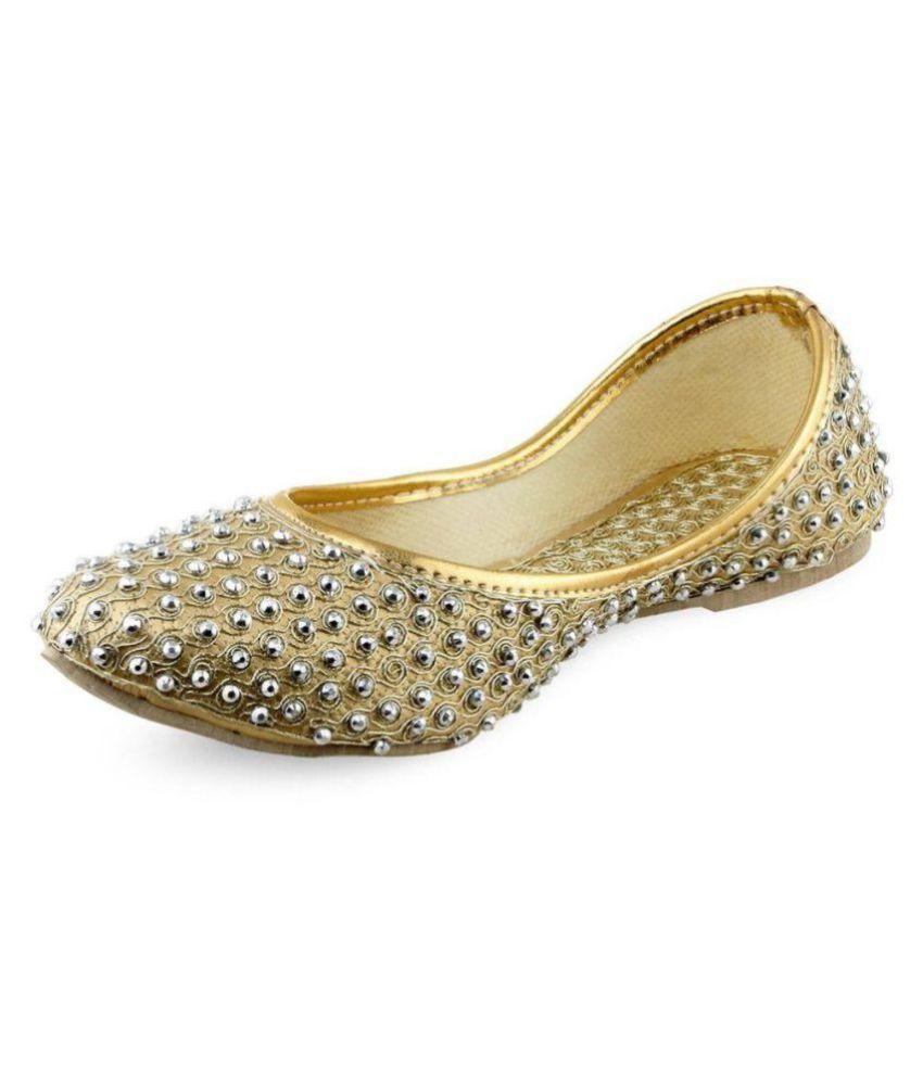 RAJASTHANI JUTI Gold Ethnic Footwear