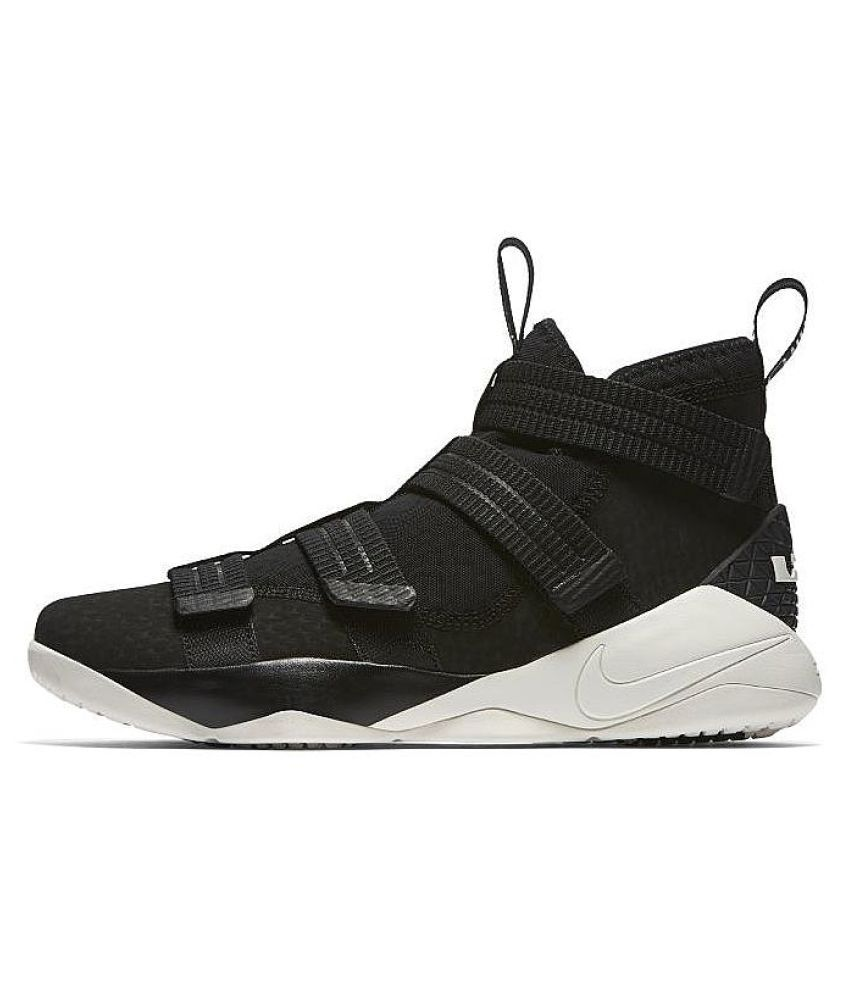 9d33ddd2b458 Nike Lebron Soldier x11 Basketball Running Shoes Black  Buy Online at Best  Price on Snapdeal