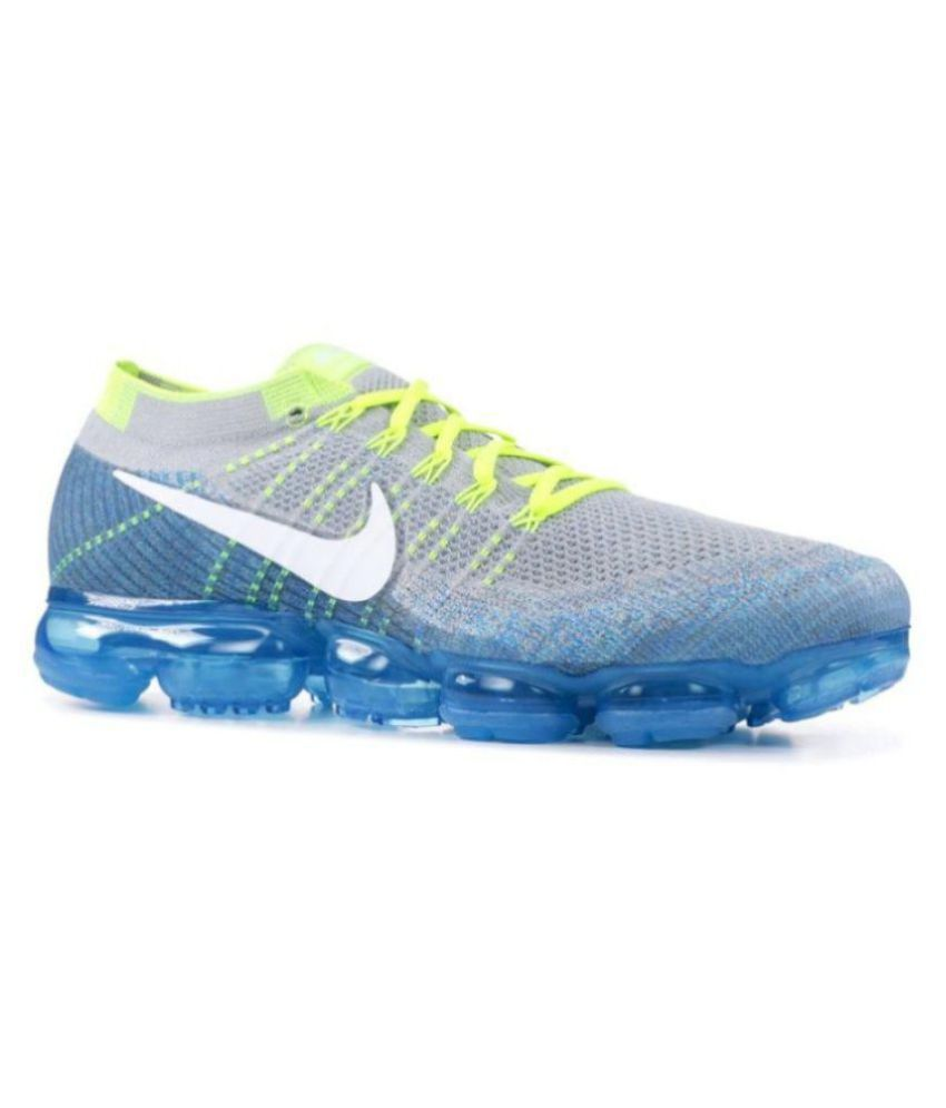 ec9d659fe32c Nike Grey Running Shoes - Buy Nike Grey Running Shoes Online at Best Prices  in India on Snapdeal