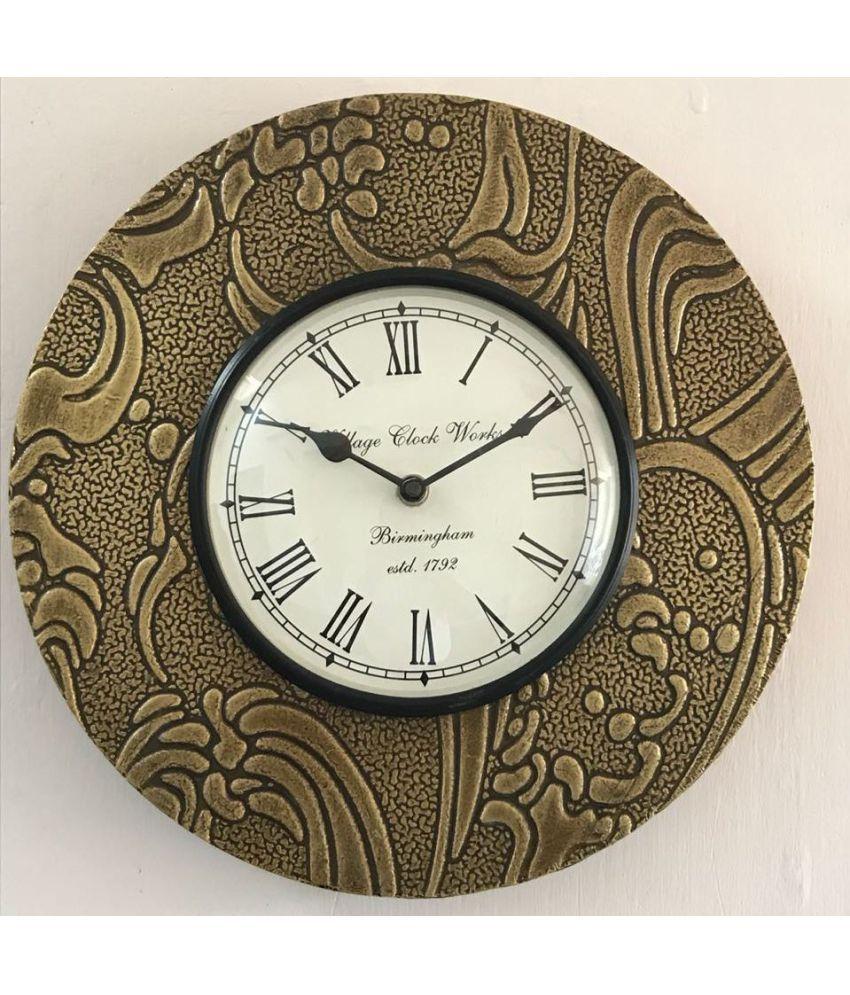 Indian Handicraft Circular Analog Wall Clock ( 29 x 29 cms )