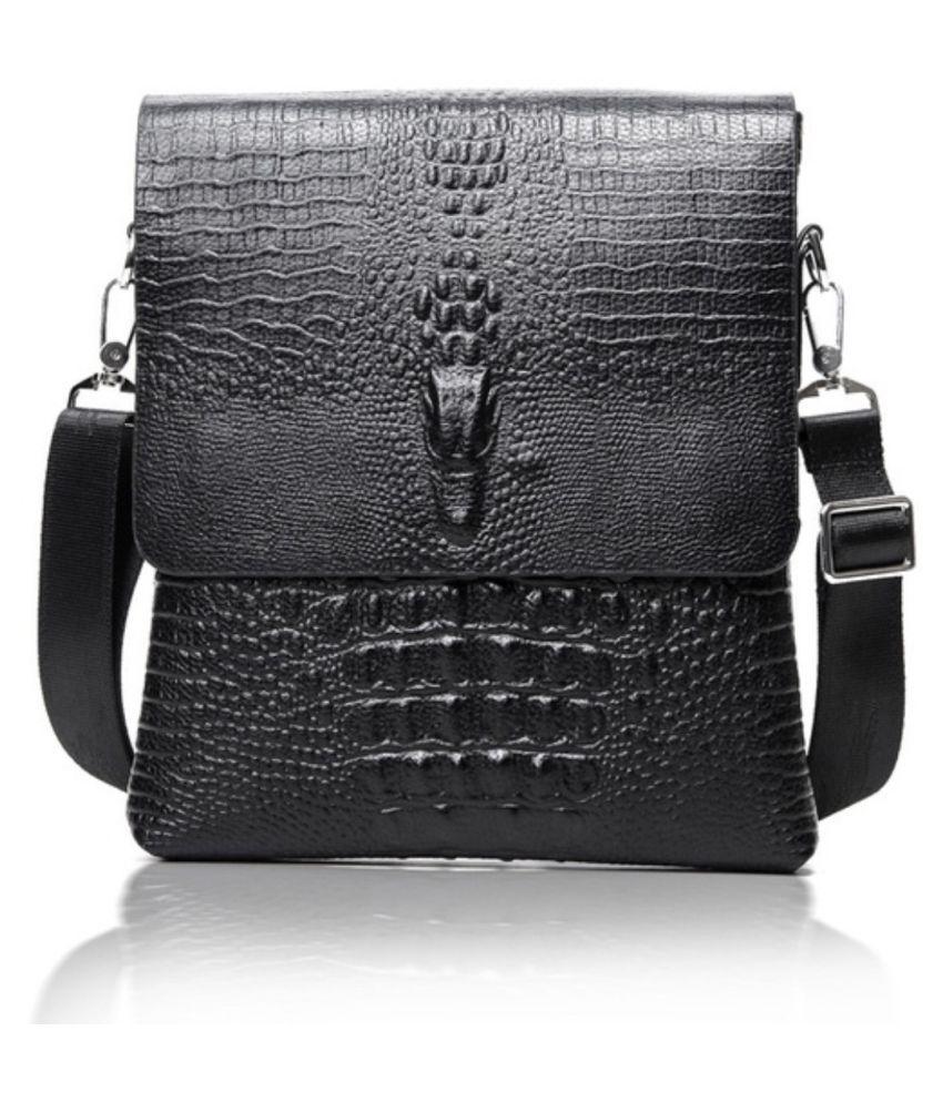 fiado Black Casual Messenger Bag