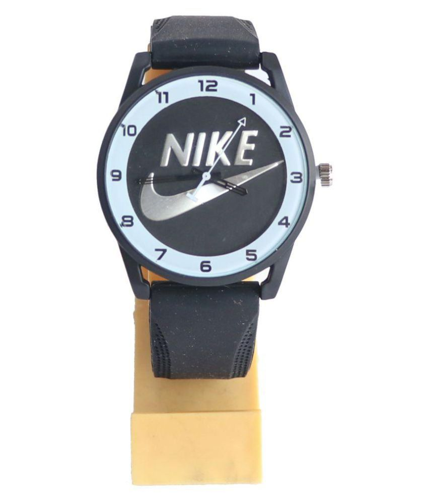 Presta atención a Por lo tanto Fiordo  Nike watches Nike Full Black New Edition Rubber Analog Men's Watch - Buy Nike  watches Nike Full Black New Edition Rubber Analog Men's Watch Online at  Best Prices in India on Snapdeal