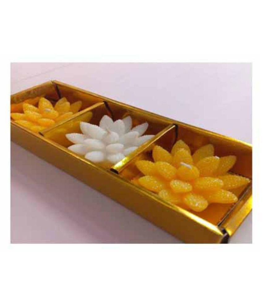 RMelegance Yellow Floating Candle - Pack of 3