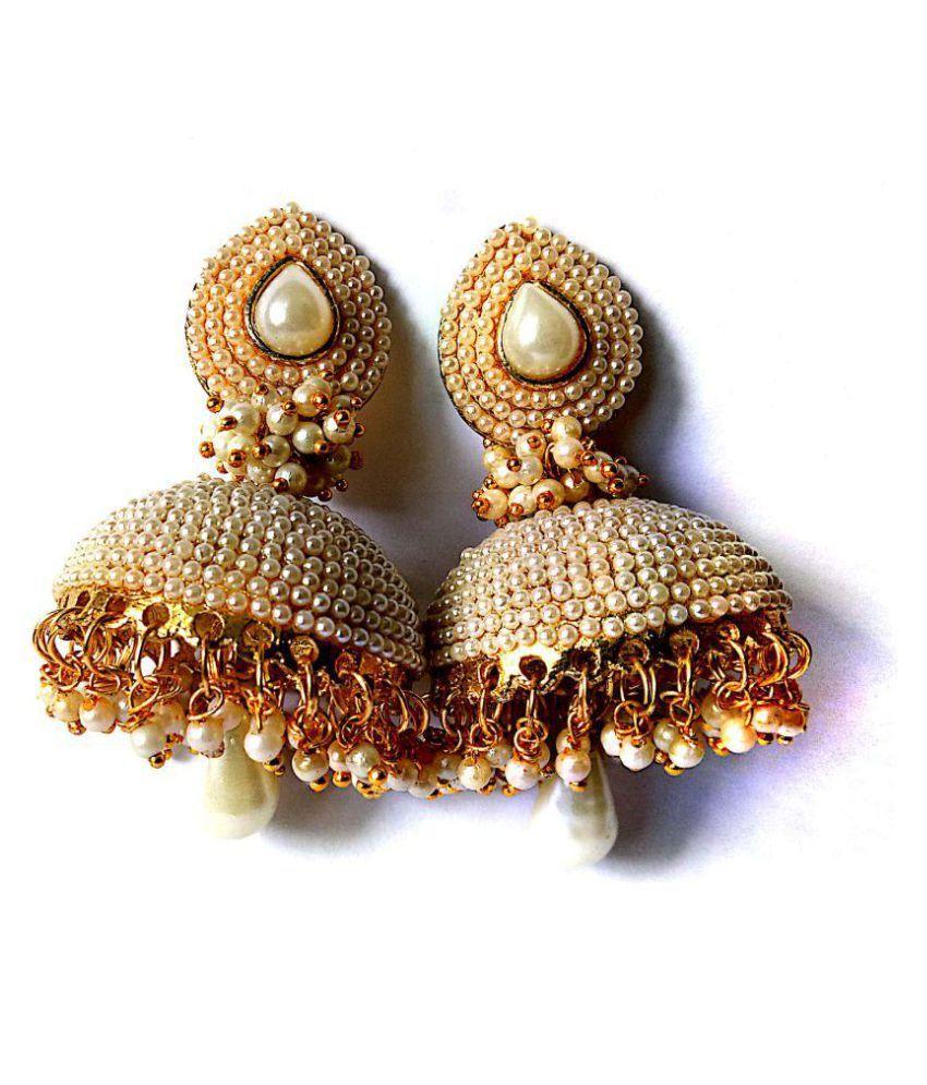 Sapthami's White Pearl Jhumka
