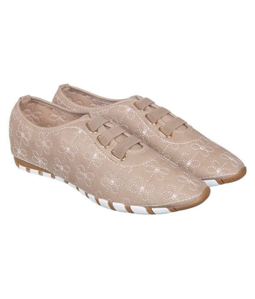 Flat N Heels Beige Casual Shoes