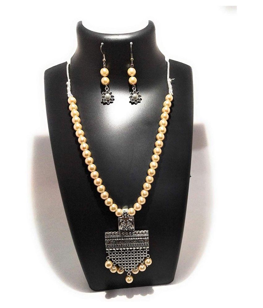 Shopezzz Bazaar Latest Pearl Design Necklace Set For Women