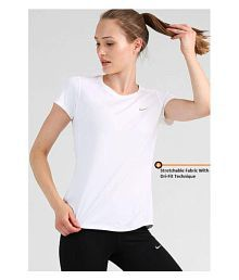 07ce83f77fb7 Nike Women s Clothing - Buy Nike Women s Clothing at Best Prices on ...