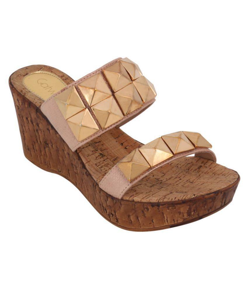 Catwalk Gold Wedges Heels