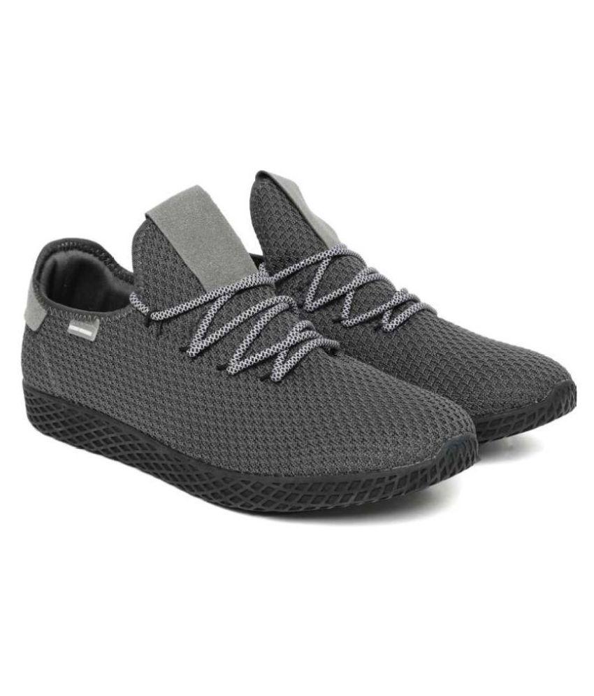 Flying Machine Gray Running Shoes