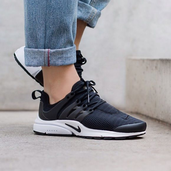 finest selection 6b9c6 e05f5 Nike Presto iD Black Womens Running Shoes