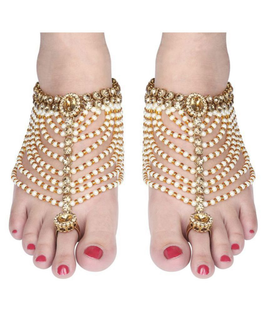 Sanjog Kundan Gold Brass Anklet with Attached Toe Ring Gypsy Sandal for Women Pack Of 2