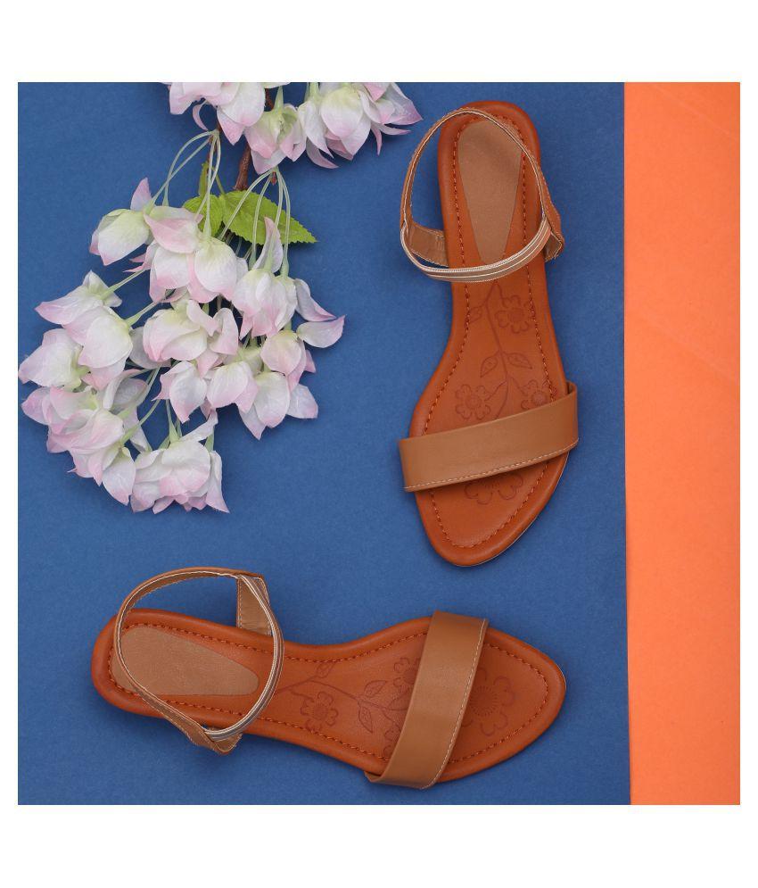 Sindhi Footwear Pink Kitten Heels
