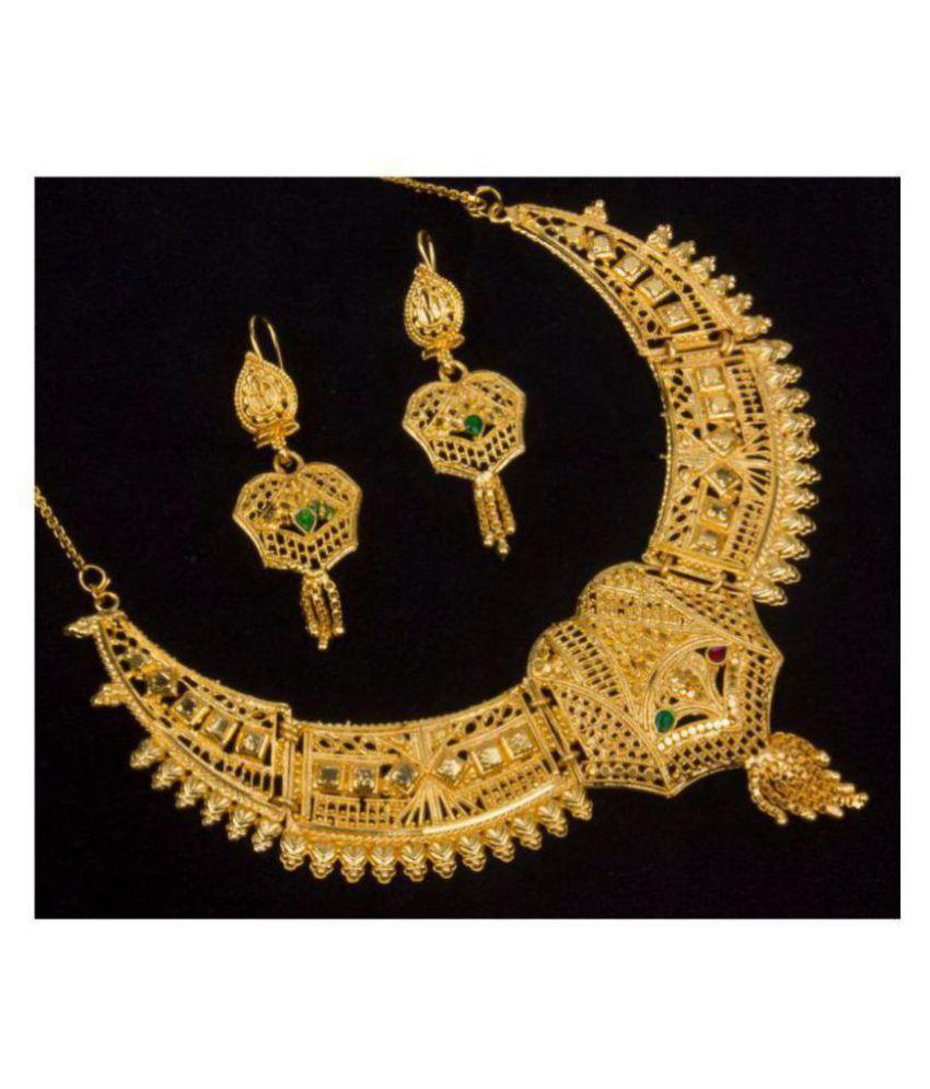 Piah Alloy Golden Traditional Necklaces Set Princess