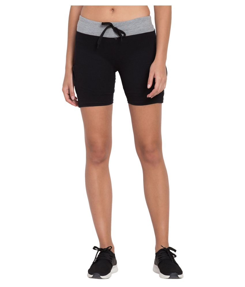 Changrobe Black Cotton Solid Shorts