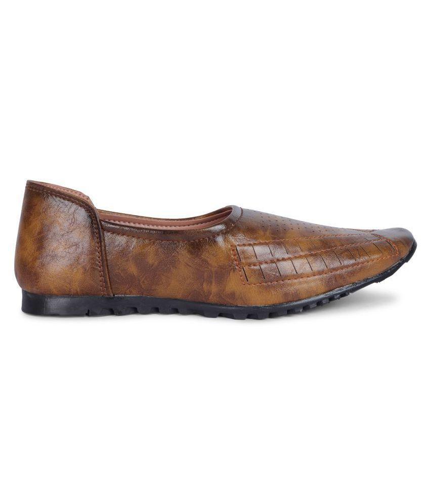 Siya Boys Ethnic Shoes for Kids Price