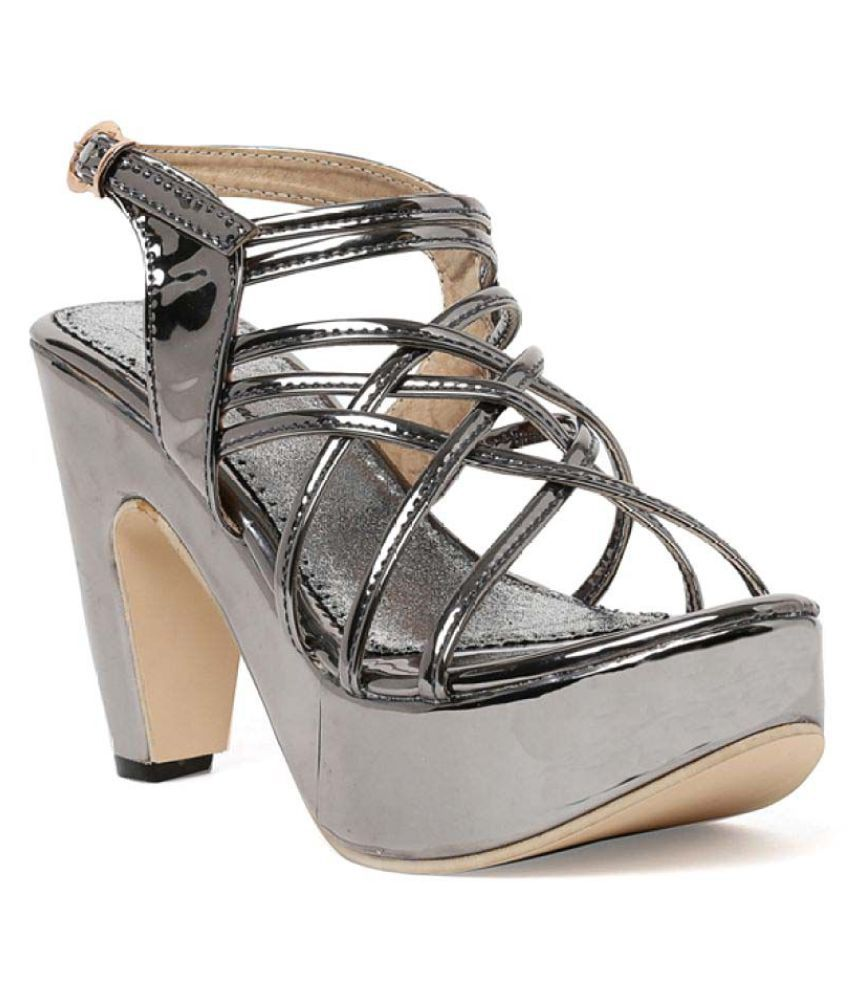Bruno Manetti Gray Cone Heels