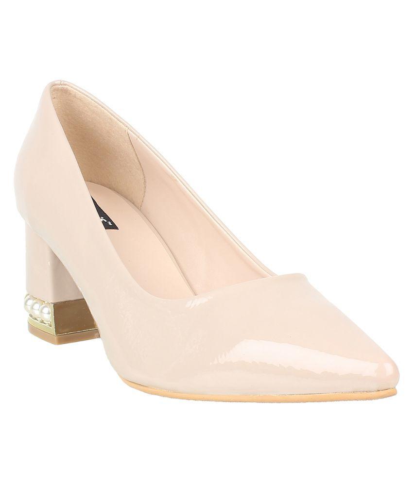 sherrif shoes Beige Block Heels