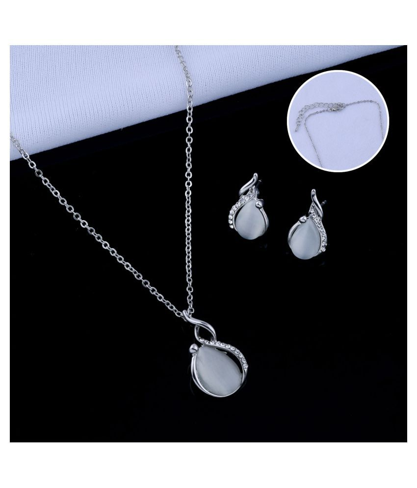 Delicate Silver Plated Party Wear  Pendant Set For Women Girl